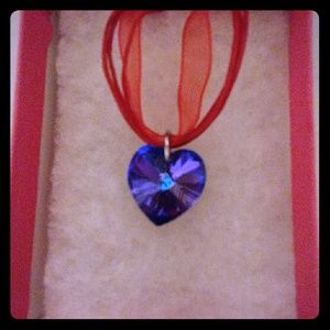 Jewelry - Sangria Purple Crystal Heart Necklace